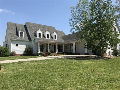 Beautiful Home On 15 Acres : Glasgow : Barren County : Kentucky
