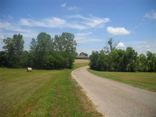 12.86 Acres of Pasture Land : Burkville : Lowndes County : Alabama