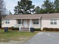 Apt Complex And 5 Acres Available : Cochran : Bleckley County : Georgia