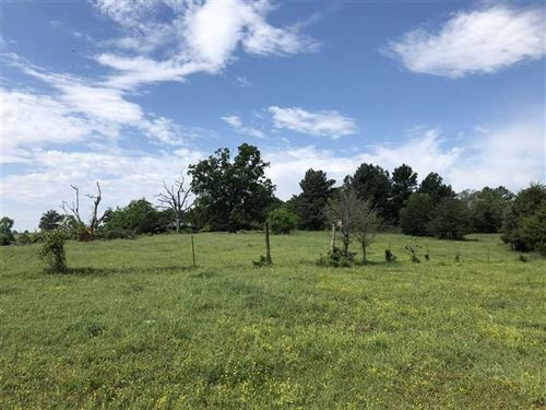 189 Cow And Recreational Ground : Ozark : Franklin County : Arkansas