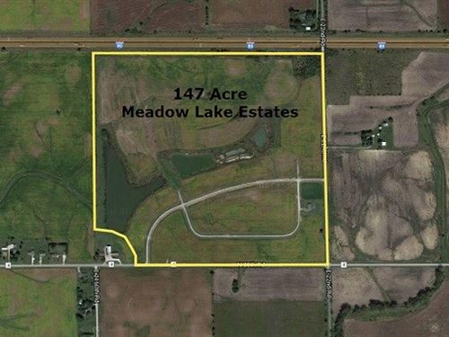 147 Acres Meadow Lake Estates : Ottawa : LaSalle County : Illinois