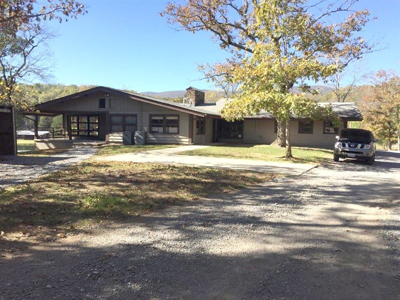 Summit Initiatives Corp Retreat : Fincastle : Botetourt County : Virginia