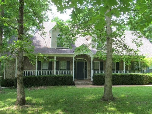 Beautiful 4 Bedroom Brick With Cree : Hohenwald : Lewis County : Tennessee