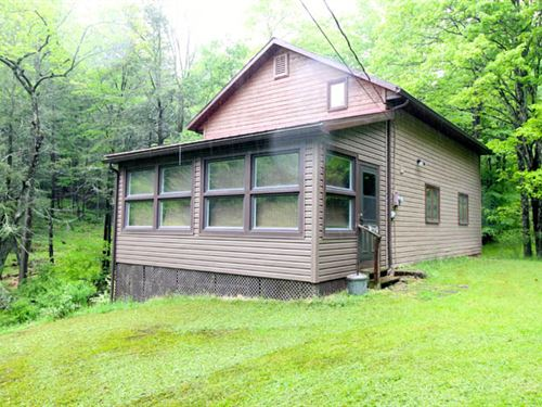 28 Acres With Quaint Cabin : Hughesville : Lycoming County : Pennsylvania
