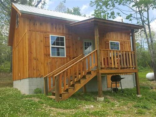 Cabin on 5 Acres Located Near : Saint Joe : Searcy County : Arkansas