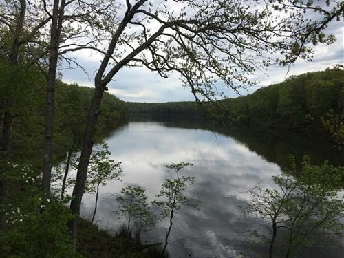680 Acres With 35 Acre Lake in Sal : Salem : Dent County : Missouri