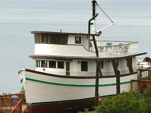 Historic House is a Converted 75 : Homer : Kenai Peninsula Borough : Alaska