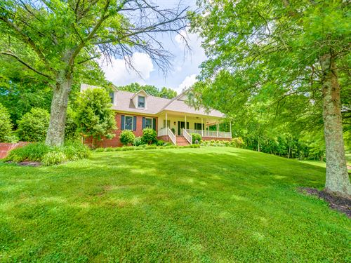 Custom Home On 40 Scenic Acres : Mount Pleasant : Maury County : Tennessee