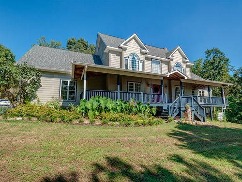 16 Ac On Cane Crk With Custom Home : Centerville : Hickman County : Tennessee