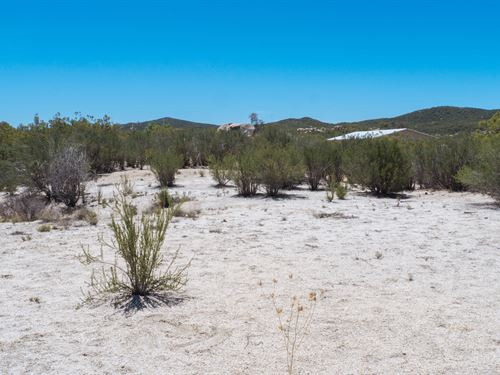 4.99 Acre Homesite : Warner Springs : San Diego County : California