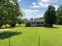Home And 96 Acres On The Pearl Rive : Harrisville : Simpson County : Mississippi
