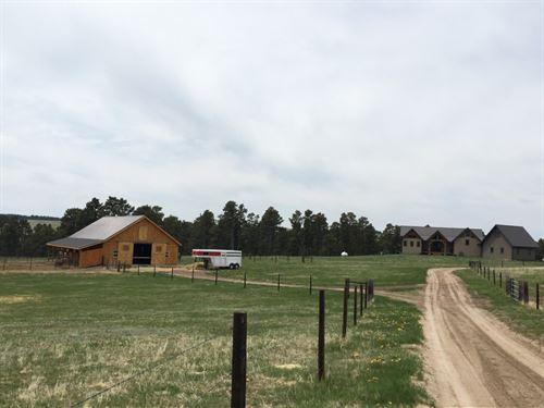 Pine Ridge Lodge And Stables : Crawford : Dawes County : Nebraska