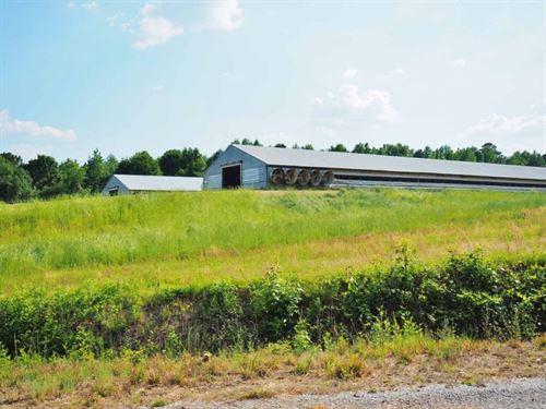 2 House Breeder Farm, 16 Acres : Philadelphia : Neshoba County : Mississippi