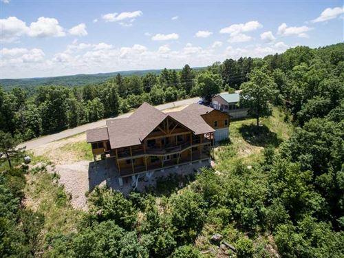 Custom Log Home on 4.23 Acres For : Van Buren : Carter County : Missouri