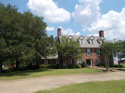 Beautiful 3 Story Home On 5 Acres : Tylertown : Walthall County : Mississippi