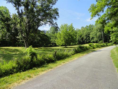 Chumley Road Minifarm : Woodruff : Spartanburg County : South Carolina