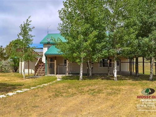 Three Bedroom, Two Bath Home on 3 : Cody : Park County : Wyoming