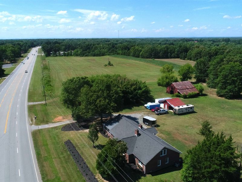 Farm House With Pasture : Belton : Greenville County : South Carolina