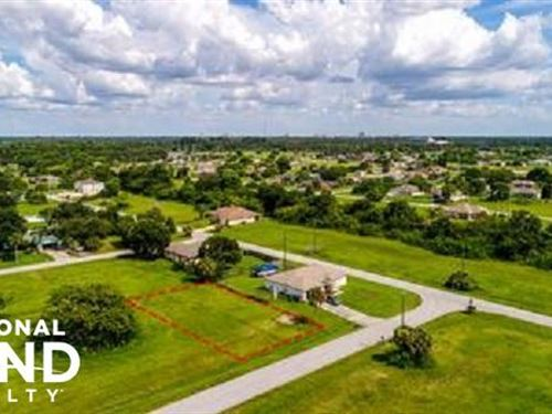 2605 Vacant Dry Lot : Cape Coral : Lee County : Florida