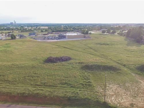 13.35 +/- Acres : Fort Gibson : Muskogee County : Oklahoma