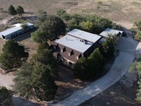 Large Home With Acreage For Sale In : San Angelo : Tom Green County : Texas