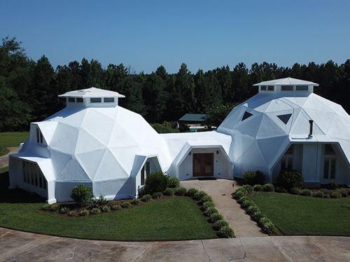 The Georgia Dome : Round Oak : Jones County : Georgia