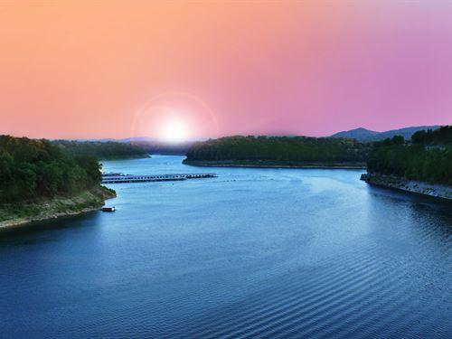 Waterfront Lots On Lake Cumberland : Jamestown : Russell County : Kentucky
