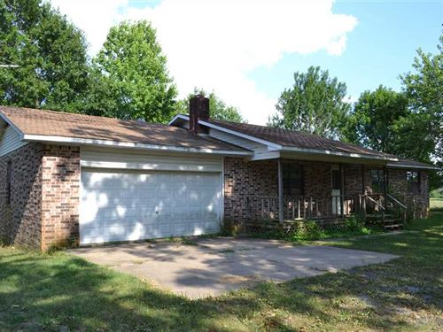 Brick Home With 2.38 Surveyed Acre : Marshall : Searcy County : Arkansas