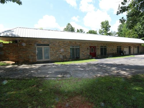 Concrete Home Compound On 41 Acres : Ragland : Saint Clair County : Alabama