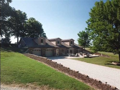 Beautiful Custom Icf Home on 5 Acr : Liberal : Barton County : Missouri