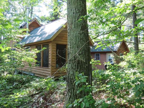 Off The Grid Waterfront Cabin : Birchwood : Washburn County : Wisconsin