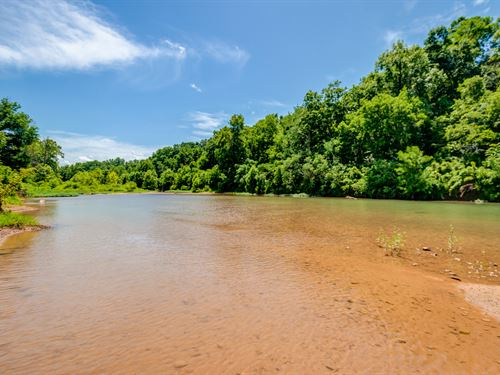 187 Ac Piney River Estate : Nunnelly : Hickman County : Tennessee