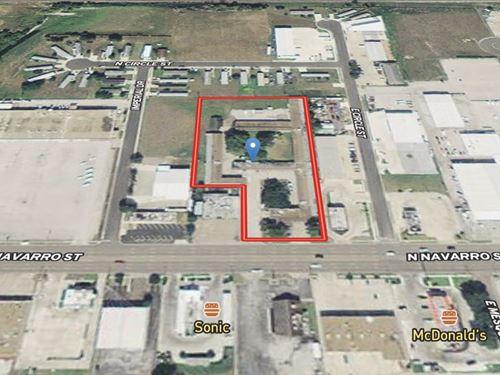 Victoria Commercial Properties : Victoria : Texas