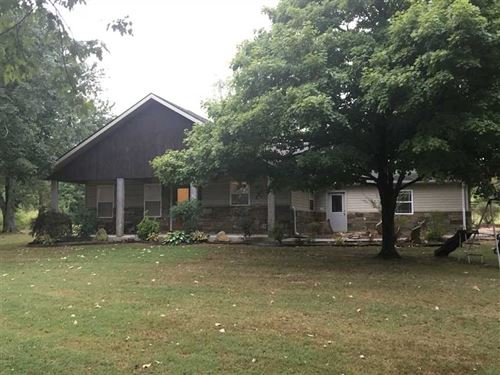 Charming 3 Bedroom, 2 Full Bath, : Concord : Cleburne County : Arkansas