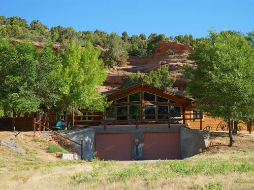 Red Canyon Retreat : Lander : Fremont County : Wyoming