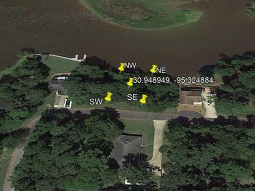 .17 Acres Lot In Trinity : Trinity : Texas