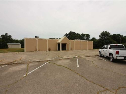 14,000 Sq Ft Multi-Use Building on : Poplar Bluff : Butler County : Missouri