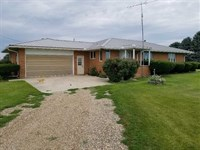 3 BR 1.5 BA Home For Sale in Mahas : New Sharon : Mahaska County : Iowa