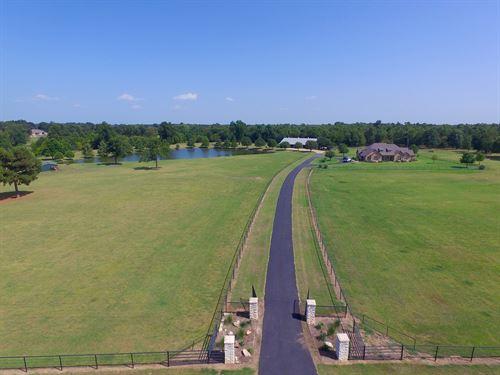 Lamar County Equestrian Estate : Paris : Lamar County : Texas