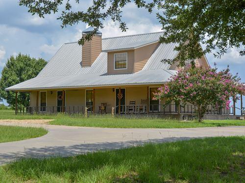 3/2 Farm House On 4 Acres : Sulphur Springs : Hopkins County : Texas