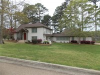 700 Lakeshore Drive : McComb : Pike County : Mississippi