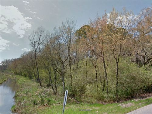 Beautiful Creekside Property : Anniston : Calhoun County : Alabama