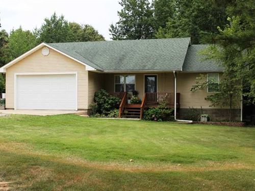 Home on 1.9 Acres For Sale in Ripl : Doniphan : Ripley County : Missouri