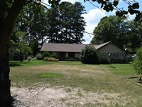 Home on 4 Acres With Pond Nort : Brinkley : Monroe County : Arkansas