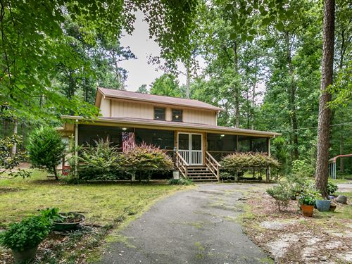 Custom Home On 5+ Wooded Acres : Conyers : Rockdale County : Georgia