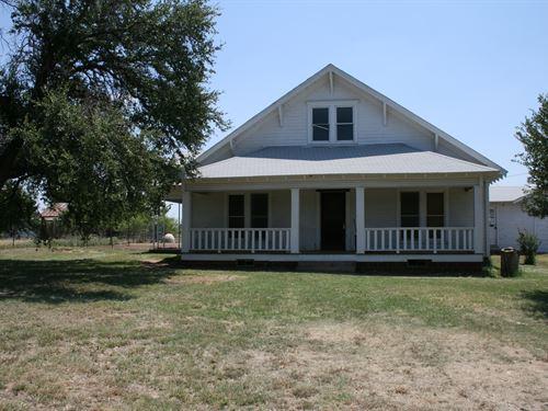 Palo Pinto House With 50 Acres : Palo Pinto : Texas