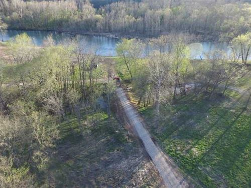 4.25 Acres For Sale, Current River : Van Buren : Carter County : Missouri