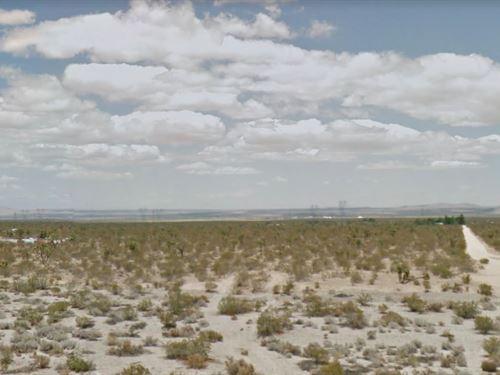 1.61 Acres In Llano, CA : Llano : Los Angeles County : California