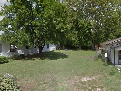 Quaint Lot Near Mississippi River : West Memphis : Crittenden County : Arkansas