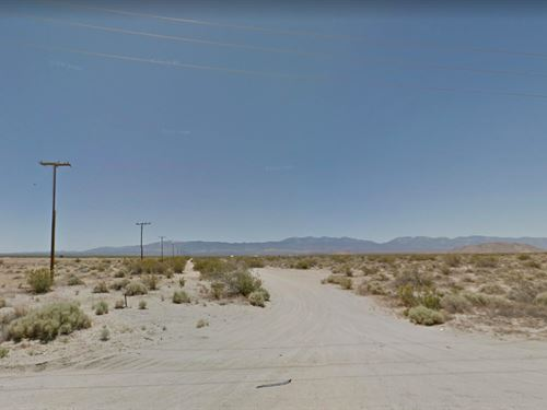 2.55 Acres In Palmdale, CA : Palmdale : Los Angeles County : California